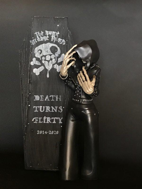 DEATH TURNS FLIRTY